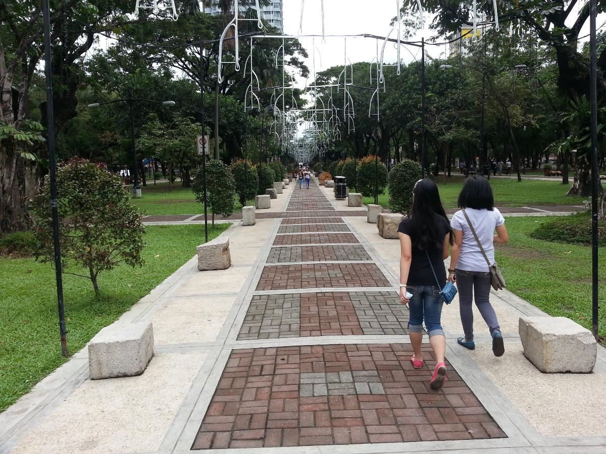 サントトマス大学の道路