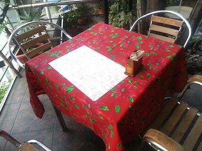 NUEZCA CAFEの屋外テーブル