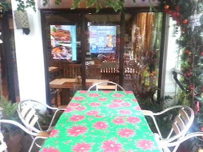 NUEZCA CAFEの屋外席