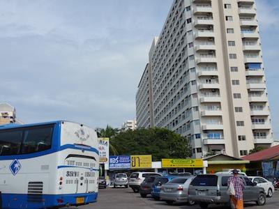 バンコク行きバスターミナル