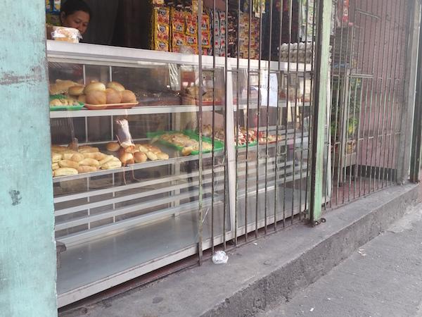 バリンタワックのパン屋