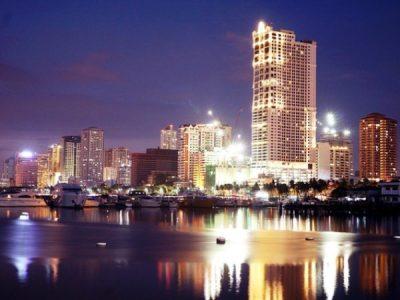 マニラ湾の夜景