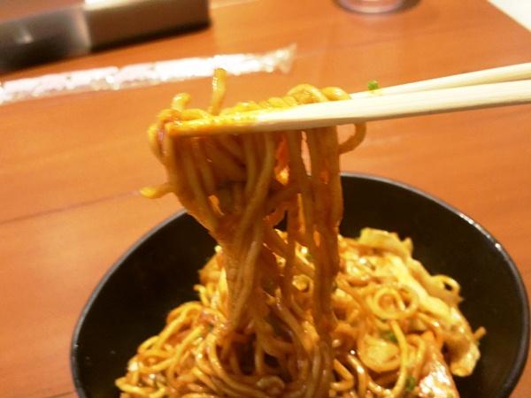 ポークヌードルの麺