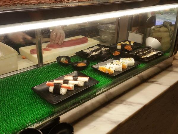 食べ放題お寿司