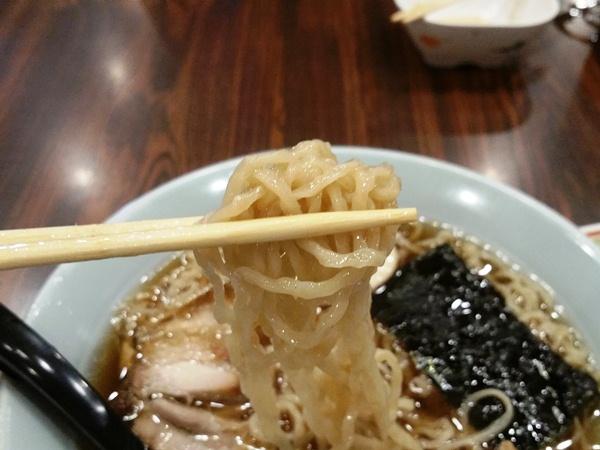 半ちゃんラーメンの麺