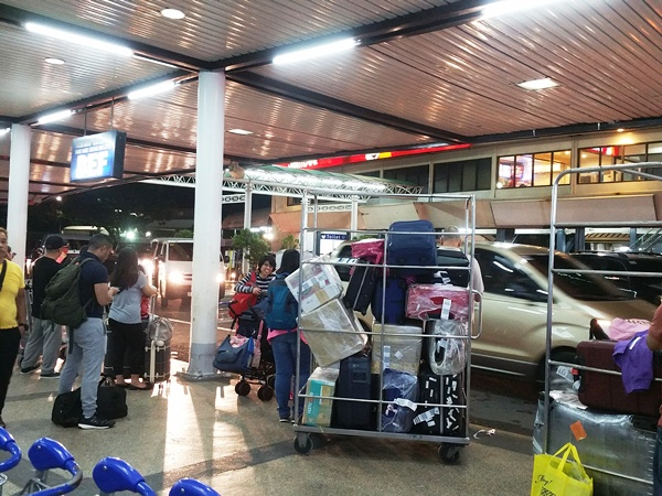 マニラ空港のジョリビー