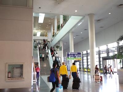 ターミナル3のエスカレーター