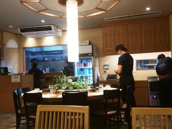 王麺の店内