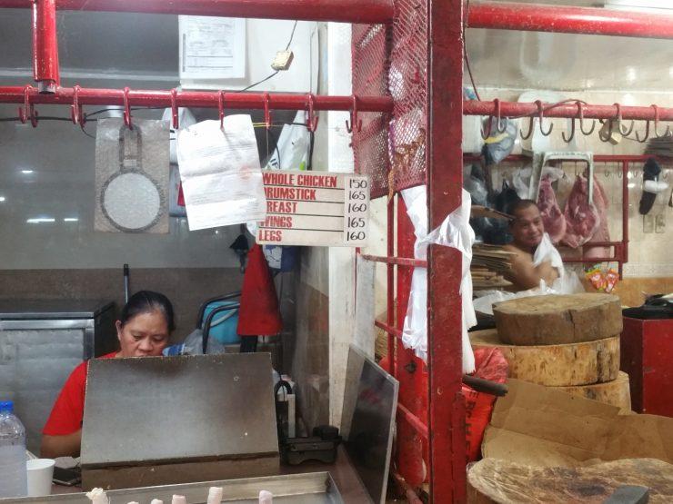 ファーマーズマーケットのお肉屋さん