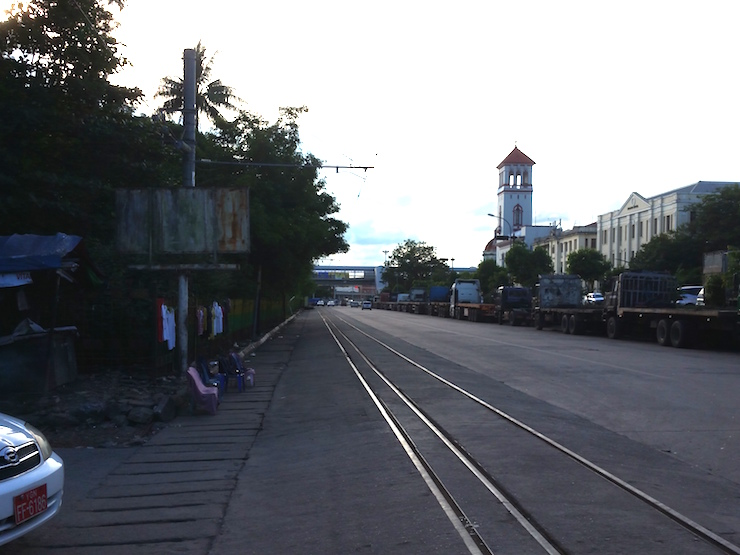 ポタタウンの線路