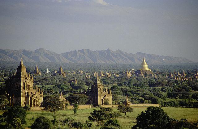 バガン(Bagan)外観