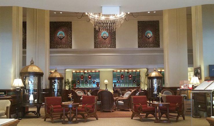 スーレーシャングリラホテルのラウンジ