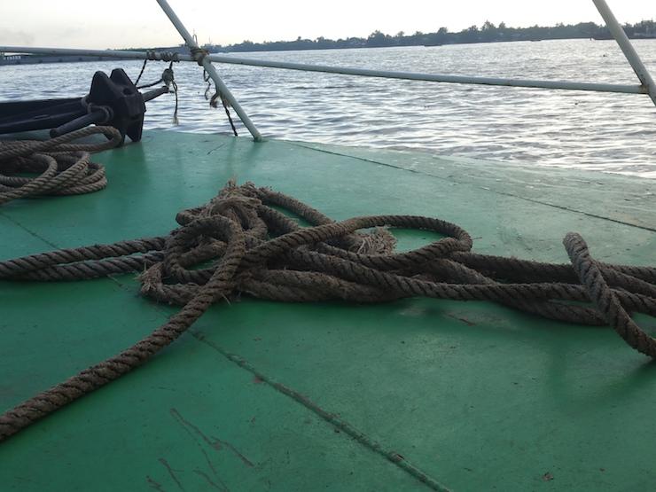 甲板のロープ