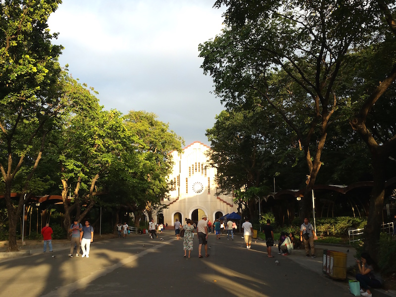 バクララン教会外観