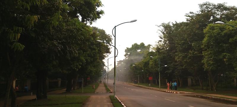 キャンパス内道路