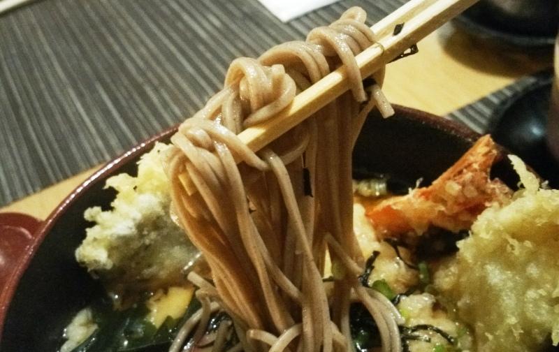 天ぷらそばの麺