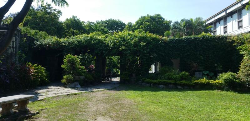 バグンバヤン公園の入り口