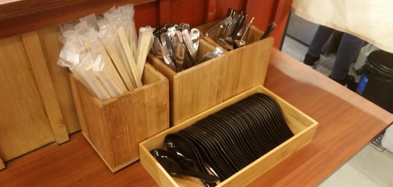 割り箸、食器類