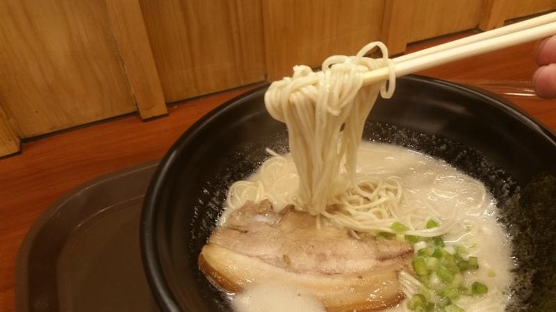 99ラーメンの麺