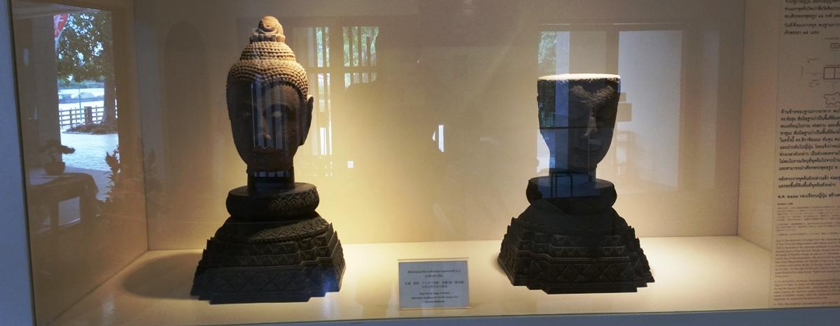 2つの仏頭