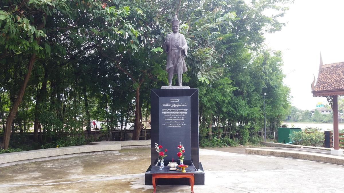 山田長政の銅像