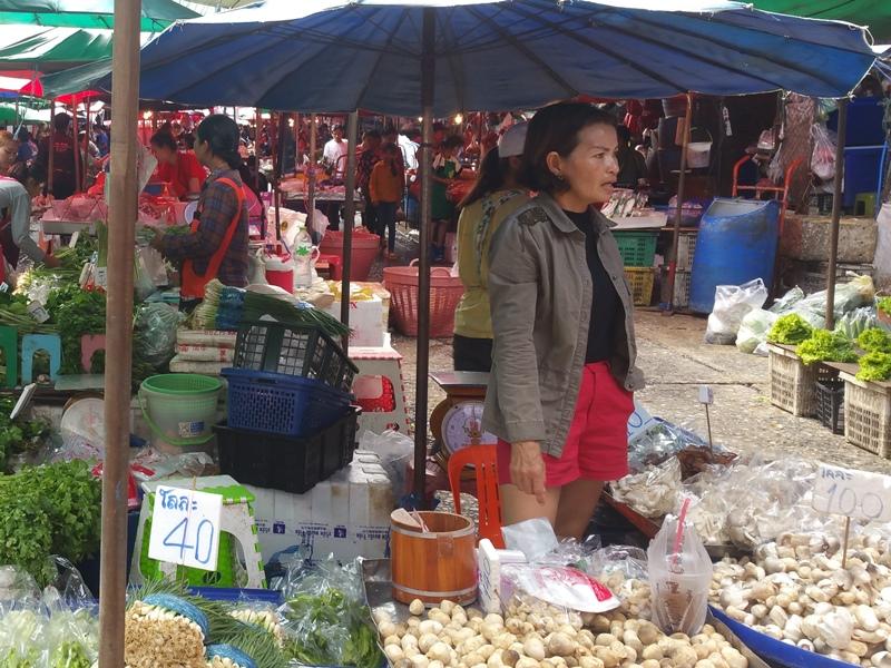クロントーイ市場