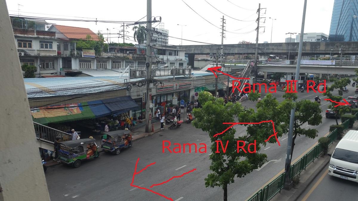 ラマ4世とナロン通りの交差点