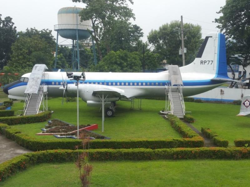 屋外旅客機の展示