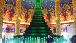 【インスタ映え寺院】翠玉の幻想的な仏塔を持つワットパクナムの地図と行き方と見どころ