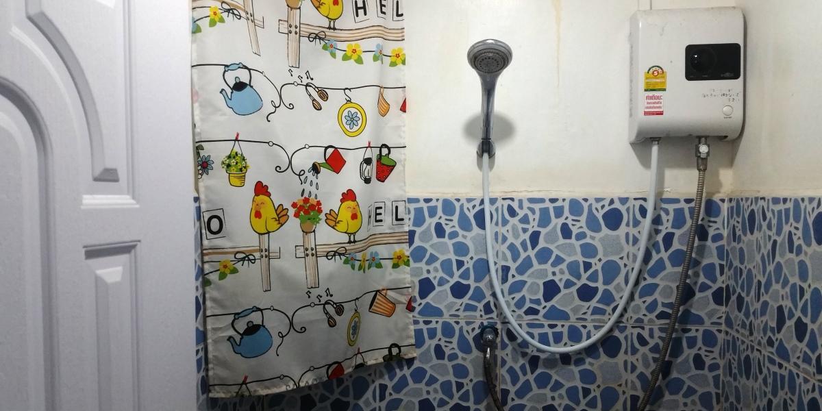 4階シャワー