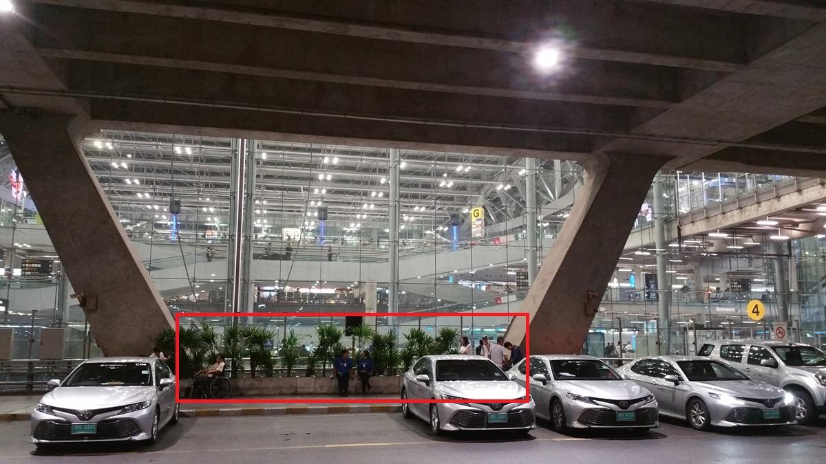 スワンナプーム空港喫煙所の場所2