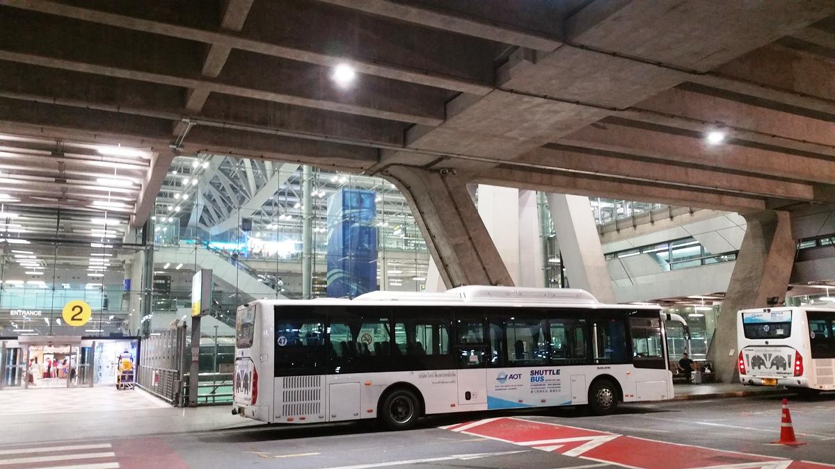 スワンナプーム空港のシャトルバス乗り場