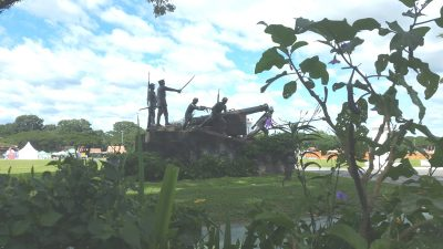 フォートストッツェンブルグ(Fort Stotsenburg)左側