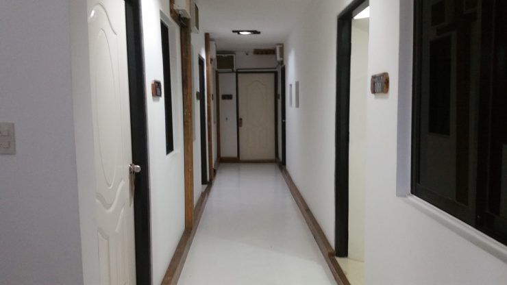DENNISONホテルの廊下