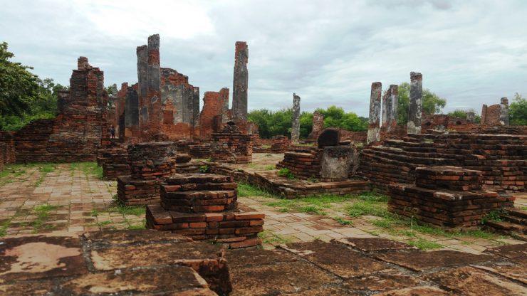廃墟と化した礼拝堂