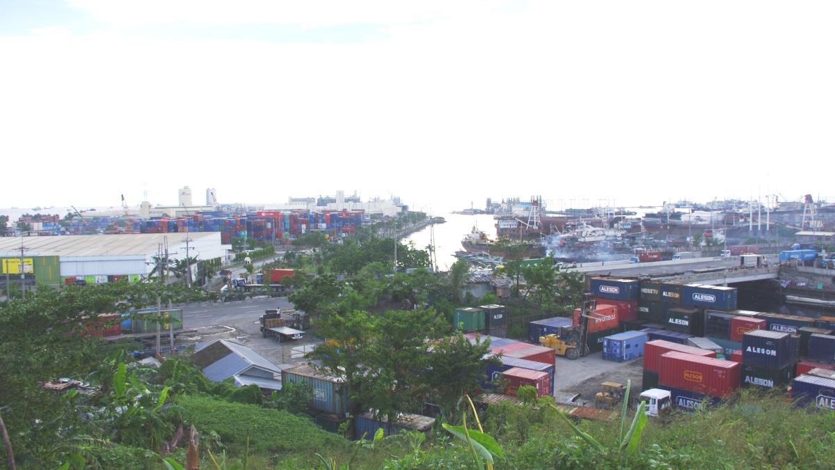 マニラ湾を望む住宅街