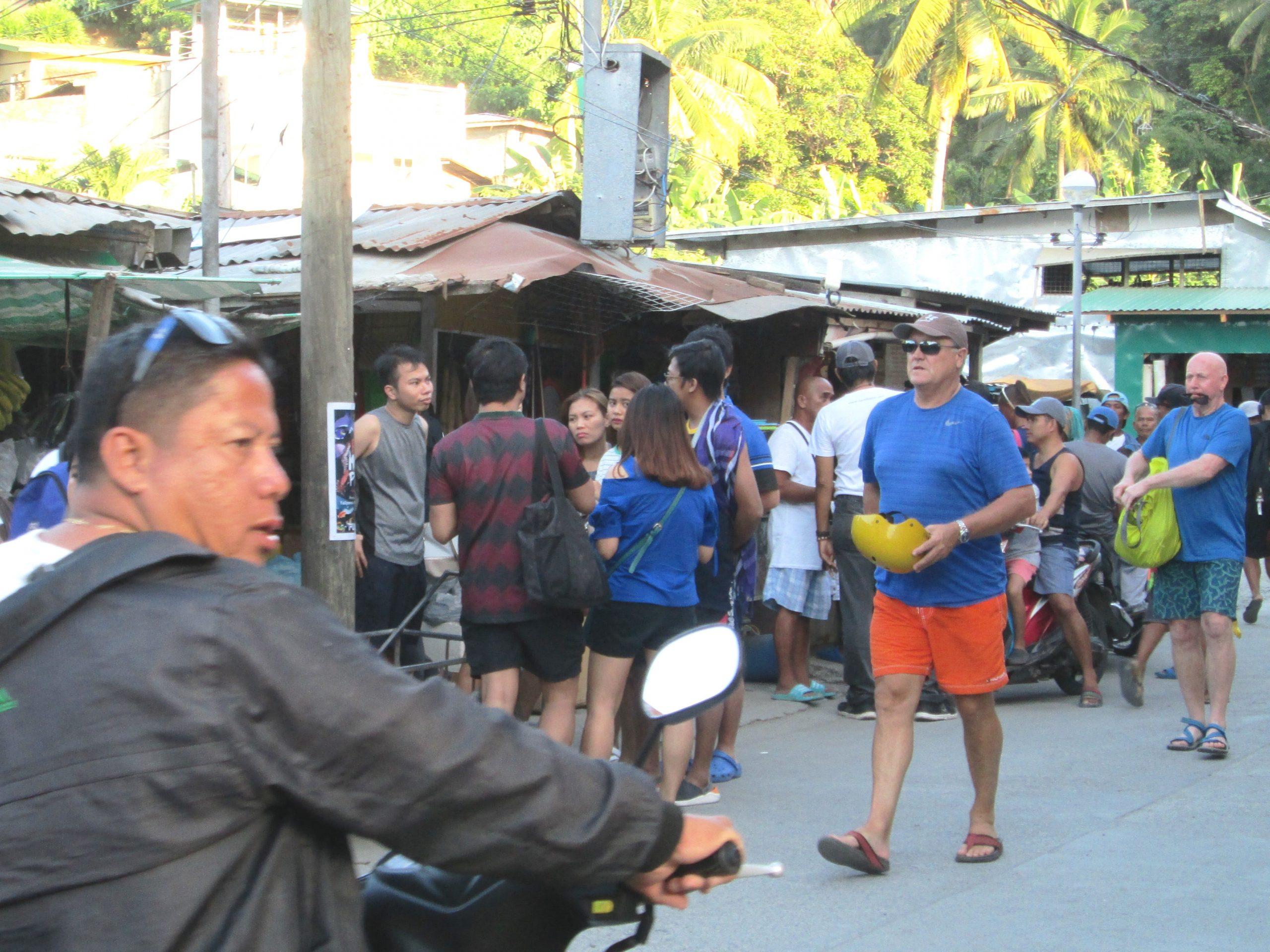 サバンビーチの市場前