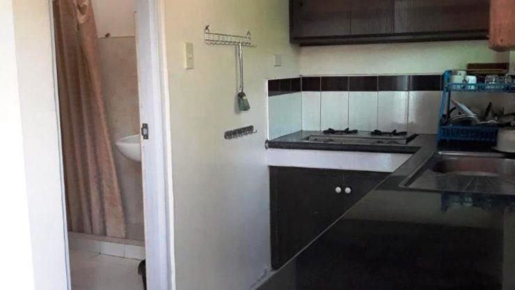グレースホテルのキッチン、シャワー
