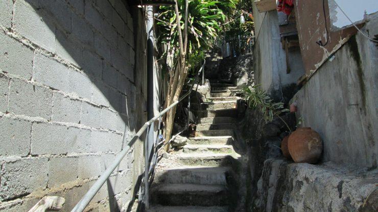 グレースホテルへの階段