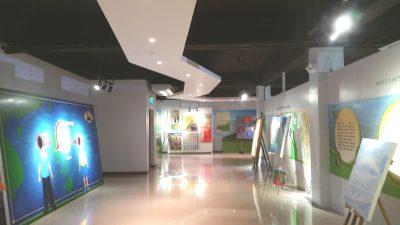 クラーク博物館1階