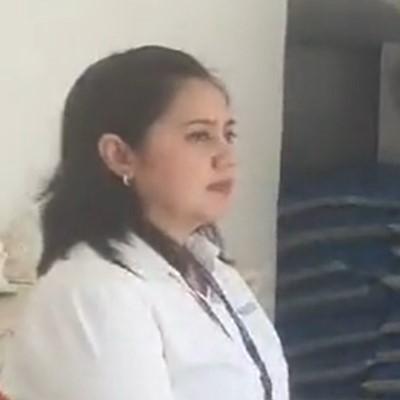 HR総務マネージャー風の女性