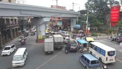 大渋滞の交差点