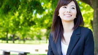 Recommended jobs with good treatment in English [Working styles for returnees from overseas]