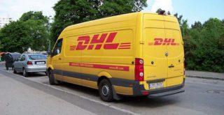 DHL配送車